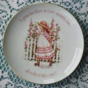 Hollie Hobbie Grandmother Decorative Plate cute